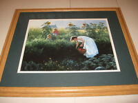 PICTURE FRAME OF CHILDREN IN THE FIELD