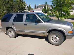 2000 Chevrolet Blazer LT Fully Loaded 4x4