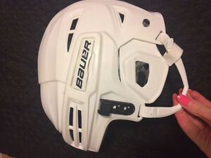 11.5 Men's skates helmet and gloves