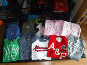 Abercrombie & Fitch, Hollister Lot of 21 (Size Large Mens)