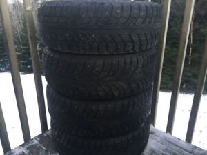 Four 195/65R15 Studded Winter Tires Excellent Tread