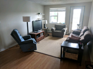 Looking for roommate in 2-bedroom apartment