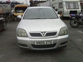 2005 VAUXHALL VECTRA Breeze 16V 1796cc Petrol Manual 5 Speed 5 Door Hatchback