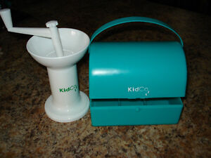 Kids Co.  Food Grinder/Food Mill