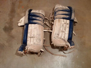 Goalie pads for ice-hockey (adult)
