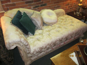 Chaise Lounge Daybed