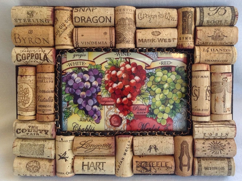 how to make a wine cork picture frame