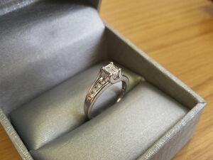 .50ct 14k white gold engagement ring warranties and free sizing!