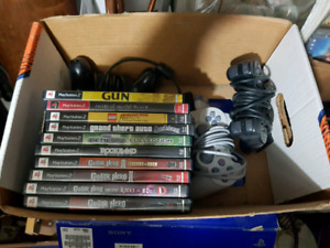 PS2 + 11 games + 3 controller's