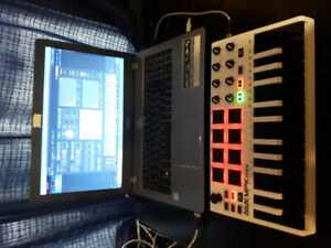 AKAI MPK mini 25 key recording keyboard