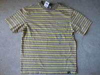 BRAND NEW - OLD NAVY T-SHIRT - SIZE M (8)