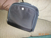 """LIKE NEW...LAPTOP/TABLET CASE... MY 15"""" IS TOO LARGE FOR IT"""