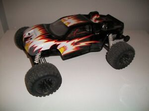 Duratrax evader brushless rc truck