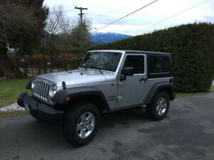 2010 Jeep Wrangler Sport Hard Top - Low Km