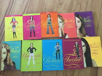 Pretty Little Liars Collection- 40$