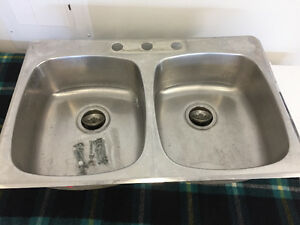 Double SS Kitchen Sink FOR SALE
