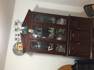 Dinning table hutch