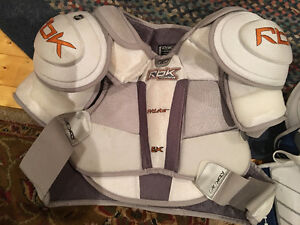 Hockey gear for sale, great condition!