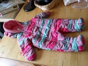 Baby girl snowsuit - size 3-6 month