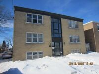 PRIME NORTH OSHAWA - Large, Bright & Clean Bachelor - TOP FLOOR