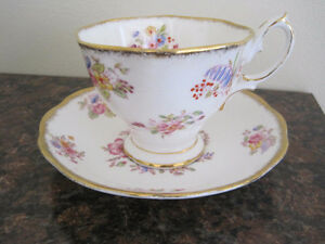Royal Albert Tea Cup/ Saucer Sets (Page 1) Kitchener / Waterloo Kitchener Area image 6