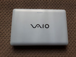 "SONY VIAO (PCG-4T1L)10.1"" Notebook(2-3hrs battery/hardly used)"