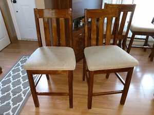 Kitchen table set - 4 chairs