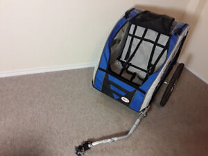 Like New Enclosed and Folding Bell 1 or 2 child bike trailer