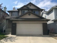Beautiful 2 Storey Home for Rent in Cougar Ridge