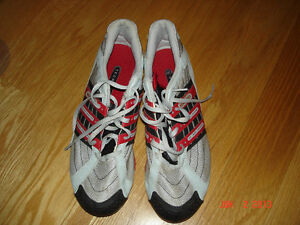 ADIDAS TECHSTAR TRACK AND FIELD SHOES -SIZE US 9 1/2