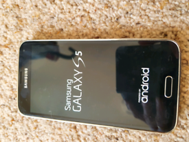 Samsung Galaxy S5 unlocked 16GB SM-G900F Black Silver Smartphone