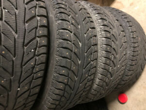Cooper Weathermaster WSC tires 235 65r18 RIMS/STUDDED