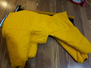 Dog snow suit for dogs under 40Lbs