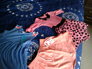 New girl's clothes size 5T