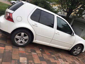 Volkswagen Golf City 2010 - Négociable
