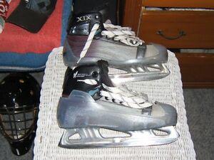 Bauer Vapor 19 Size 7EE Goalie Skates Kitchener / Waterloo Kitchener Area image 1
