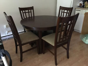 1 month old Dining Table with Leaf and 4 Chairs