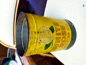 1940's White Rose oil can