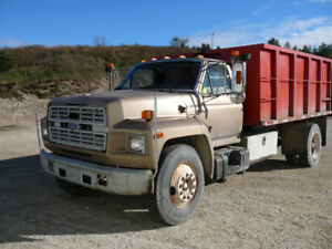 GONE TO AUCTION: 1987 Ford Dump Truck