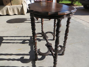 Antique side table Windsor Region Ontario image 2