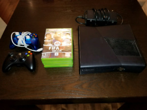 XBOX 360 Console w/ 2 Controllers and 5 Games
