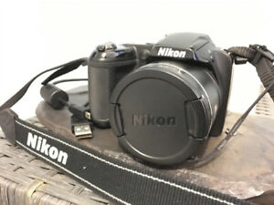 Nearly mint condition Nikon Coolpix, 16mp, 26x zoom lens