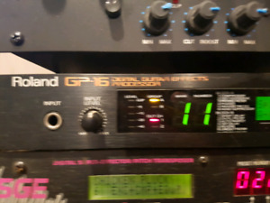 Rack mounted Roland GP-16 Great Condition with Maunal and FREE F
