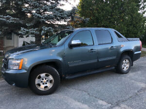 2010 Chevy Avalanche 1500 for sale