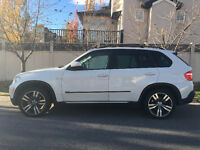 2007 BMW X5 3.0si SUV - Two Sets of Rims - BMW Serviced Only