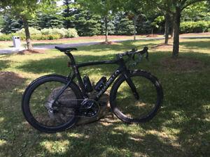 2017 F8 Dogma Pinarello - NOW Complete Bike