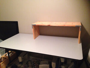 """60"""" Banquet table with folding metal legs"""