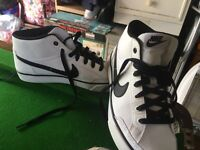 Brand new never worn Nike leather skater/Hightop type trainers