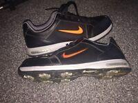 Nike golfing shoes