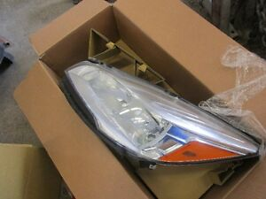 LEFT HEADLIGHT ASSY FOR 2014 FORD ESCAPE